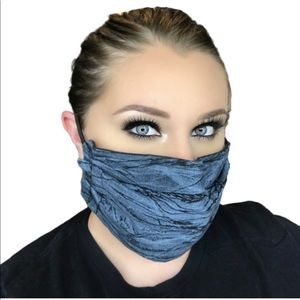 3 LAYER Face Mask has Nose Guard w discount ship